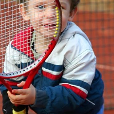 Zašto je tenis dobar sport za djecu?